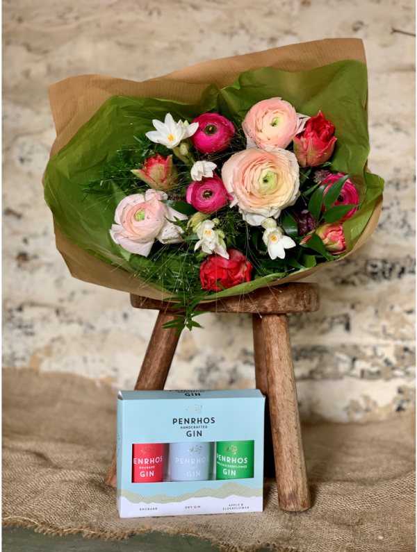 Trio of Penrhos gin and classic bouquet